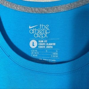 Nike Tops - Nike Slim Fit Turquoise Short Sleeve T-shirt